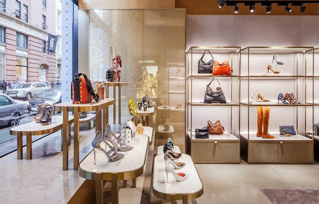 thiết kế shop túi xách giày dép
