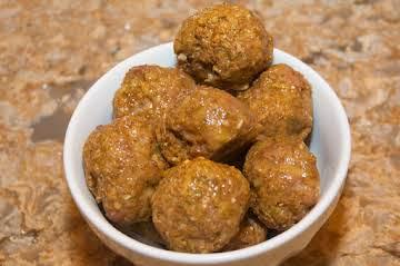Poultry Essentials: Spicy Chicken Meatballs