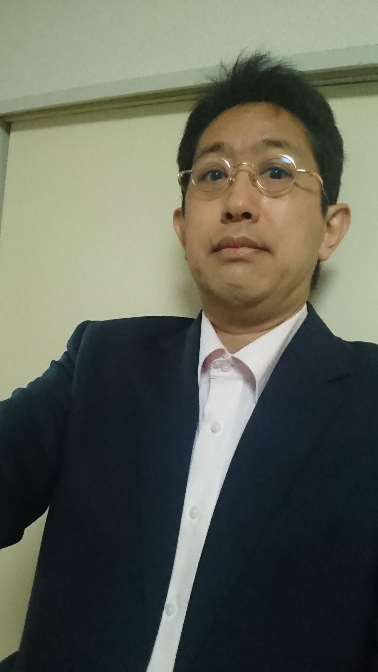 自力で買うスーツ。(いえね、「よれよれの格好では売り込みづらい」と営業さんが申しますもので。)