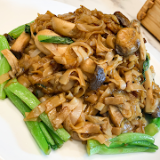 91. Rice Noodle with Vegetable, XO Sauce and Mushroom 乾炒XO菜心群菇河粉