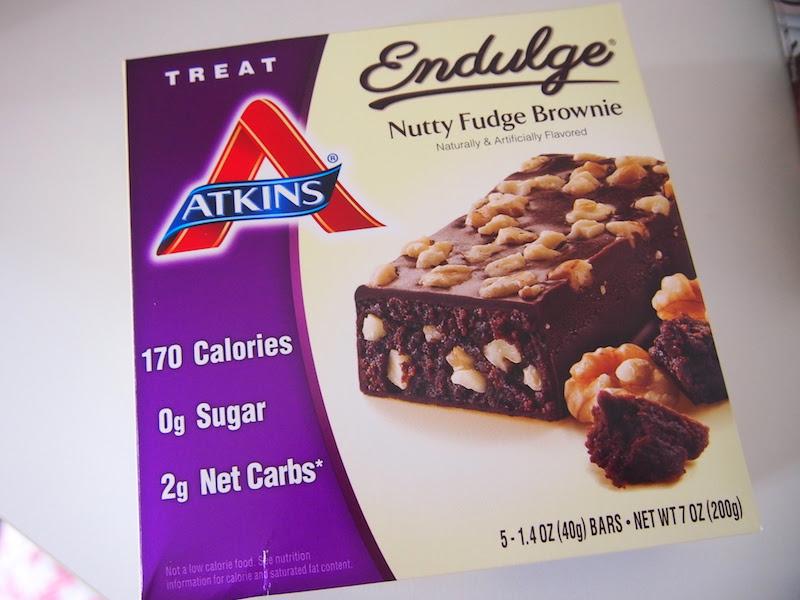Atkins, エンダルジ ナッティーファッジブラウニー 5バー入り 1バー当たり1.4 oz (40 g)