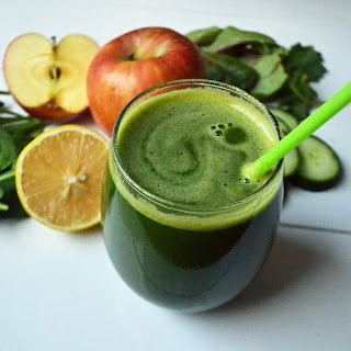 Youthful Glow Green Smoothie.