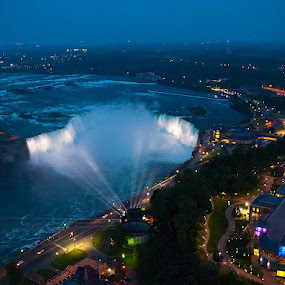 Niagara Falls at Night by Mat Tmil - City,  Street & Park  Night ( , #GARYFONGDRAMATICLIGHT, #WTFBOBDAVIS )