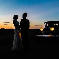 Wedding photographer Cesareo Larrosa (cesareolarrosa). Photo of 12.10.2015