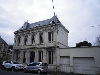 Maison 10 pièces 171 m2