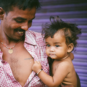 by Gavin Lister - People Family