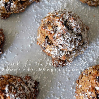 Baileys Almond Chocolate Chip Cookies