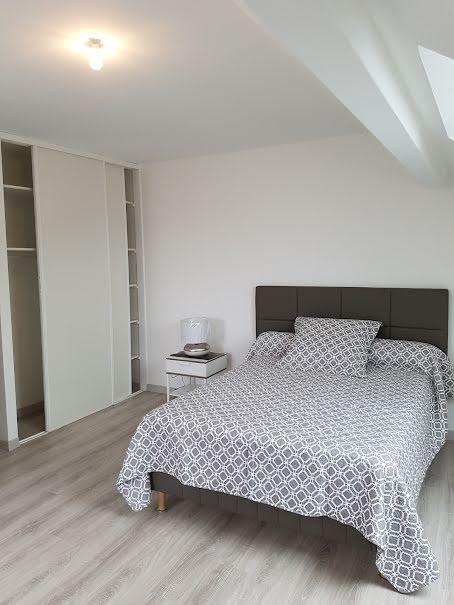 Location  appartement 3 pièces 87 m² à Saint-Genis-Pouilly (01630), 1 290 €
