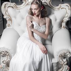 Wedding photographer Viktor Tikhonov (viktortikhonov). Photo of 18.11.2015