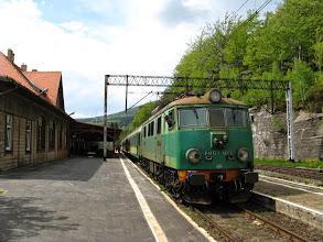 Photo: Szklarska Poręba Górna: EU07-164 z pociągiem Kamieńczyk.