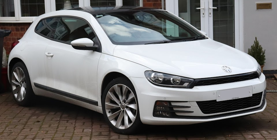 2015_Volkswagen_Scirocco_GT_BlueMotion_Tech_2.0