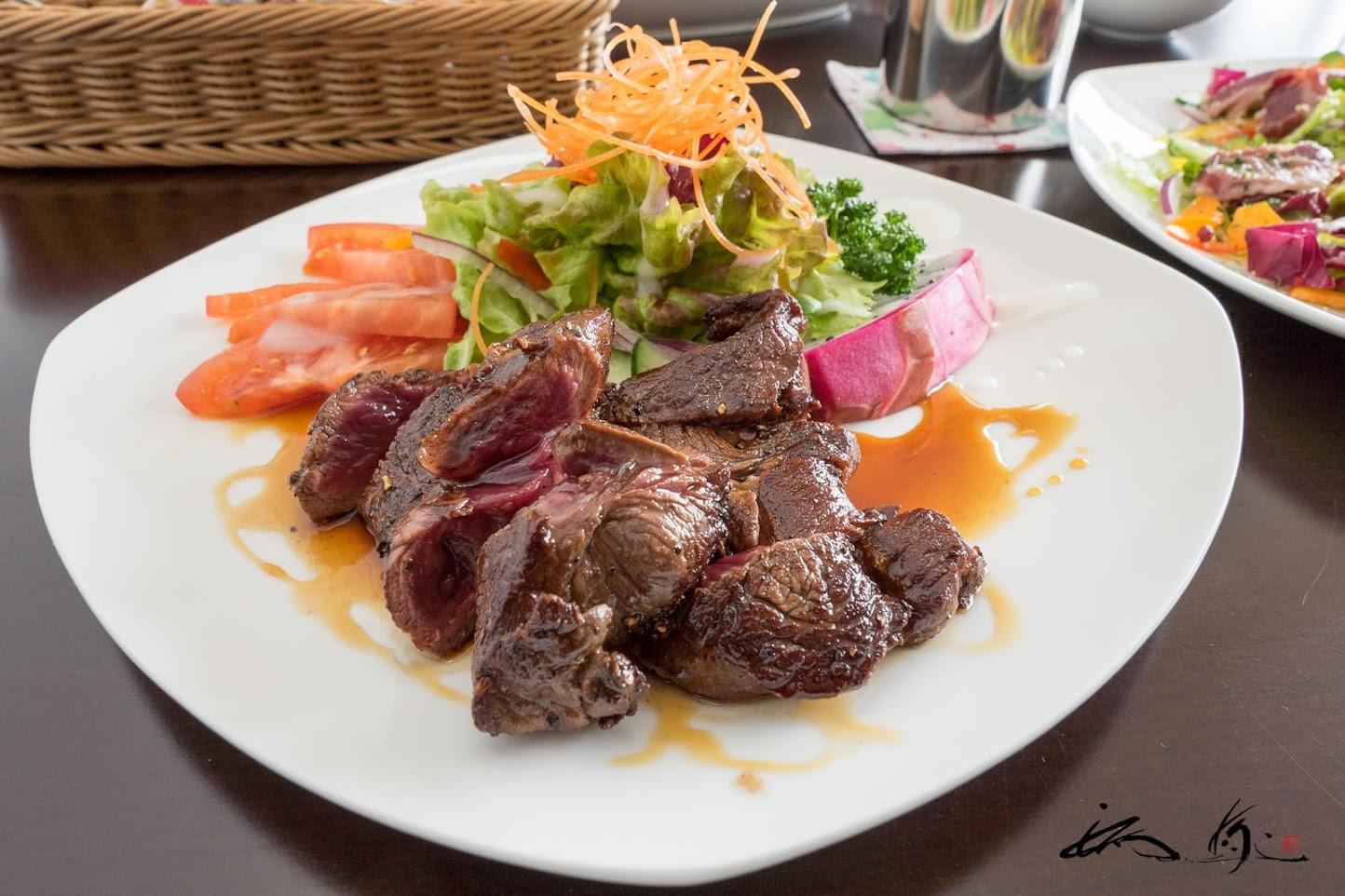 エゾ鹿ランプ肉ステーキ