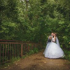 Wedding photographer Aleksandr Karpov (AleksandrK). Photo of 22.09.2014