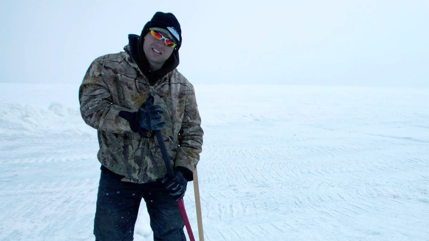 Watch Bering Sea Gold: Under the Ice live