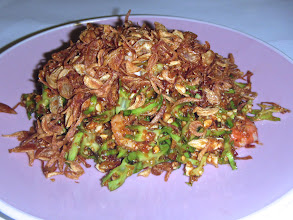 Photo: My Choice's delicious winged bean salad topped with plenty of crisp-fried shallots