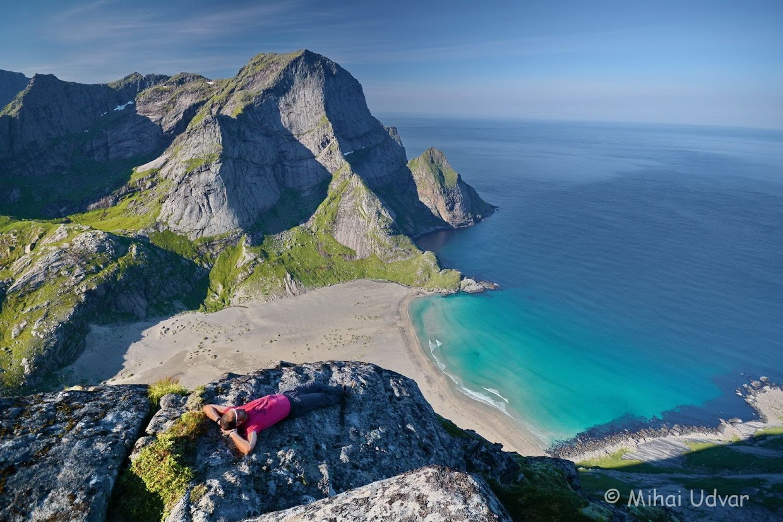 45-days-nomadic-biking-img07-lofoten-chill