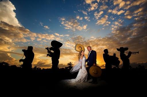 Fotógrafo de bodas Jonathan Cossu (jonathancossu). Foto del 07.09.2017