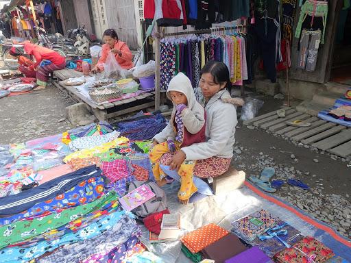 Kuat Thit Market