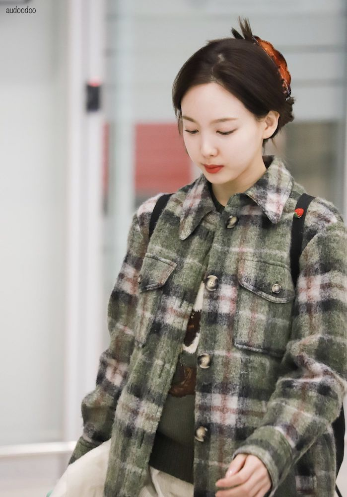 nayeon plaid 29