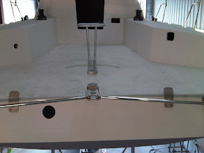 Photo: le système de barre est en place . 17.10.2009