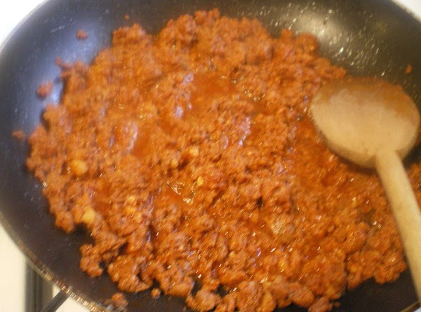 In a medium skillet on medium heat; cook chorizo until done about 10 minutes....