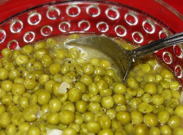 Mama's English Peas With Sauteed Onion Recipe