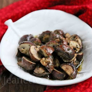 Cancer-Fighting Roasted Mushrooms and Thyme.