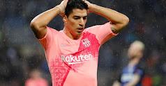 Suárez se desespera tras fallar una ocasión.