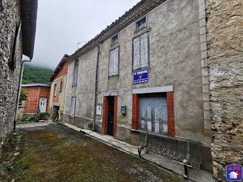 maison à Roquefort-les-Cascades (09)