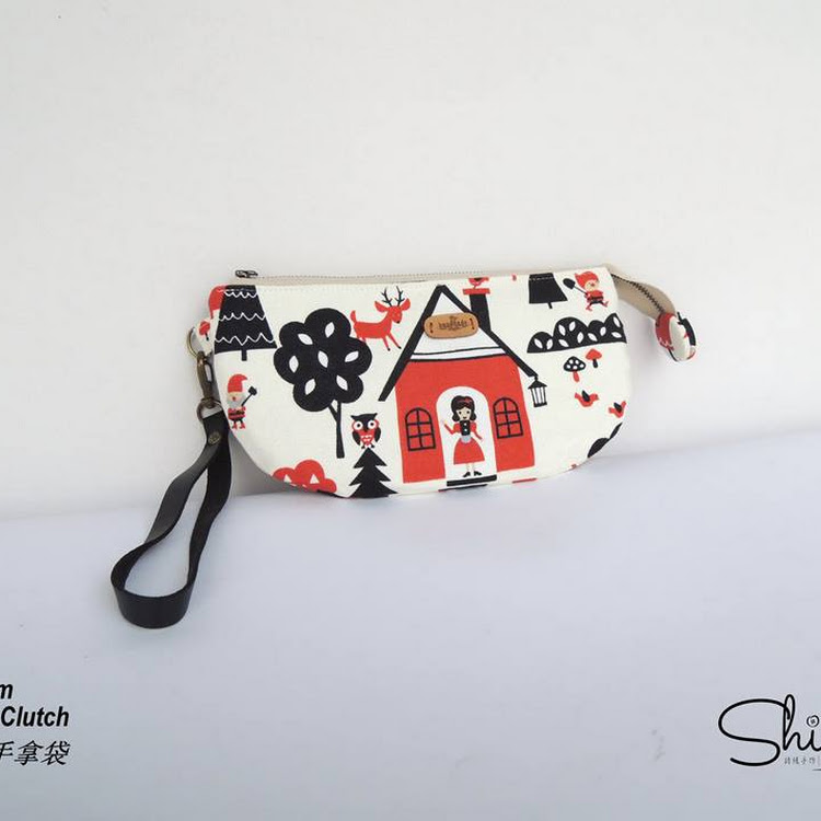 Handmade 21.cm Hand Clutch (Fairy Tales) by Shiney Craft & Zakka 诗绫手作