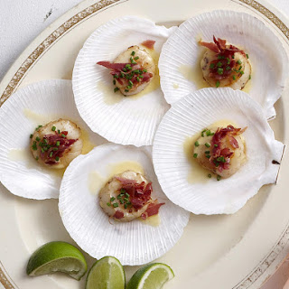 Scallops with Saffron Cream Sauce and Prosciutto