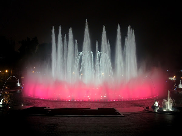 Pink Water Fountain in Lima