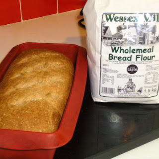 Easy Wholemeal Bread.