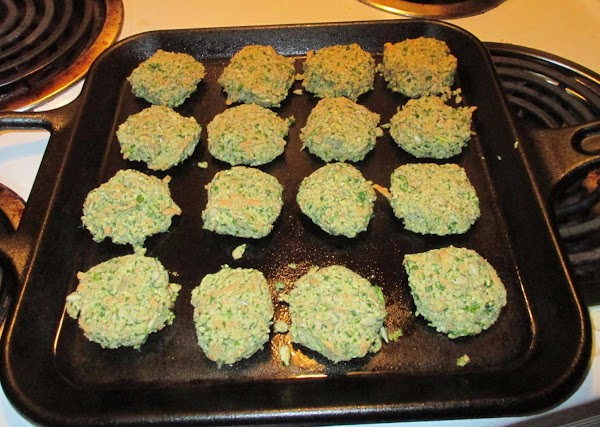 If necessary, lightly oil the griddle to prevent sticking.  Distribute the patties evenly...
