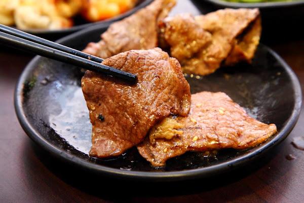 泰國蝦、天使紅蝦隨你吃!媲美單點品質的吃到飽燒肉~我!就厲害-西門珍饌店