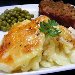 Rich and Creamy Potatoes Au Gratin Recipe
