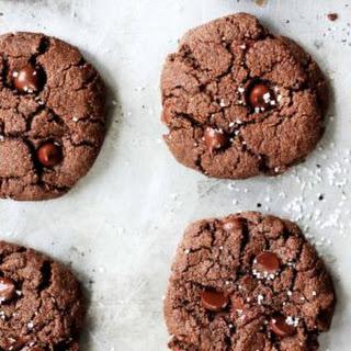 Flourless Chocolate Paleo Almond Butter Cookies.