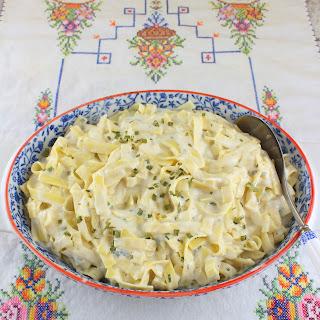 Egg Noodles With Sour Cream Recipes.