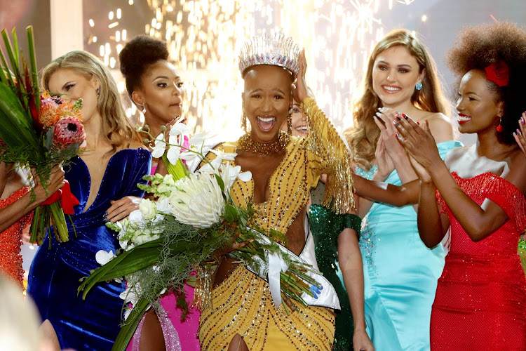 Shudufhadzo Musida celebrates her first moments as Miss SA 2020.