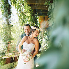 Wedding photographer Hariuc Dumitru (dimu11). Photo of 23.11.2015