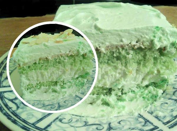 Pistachio Cream Cheese Layerd Cake Recipe