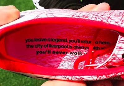 Gerrard neemt afscheid in stijl met deze boodschap onder zijn voetzool!