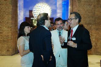 Photo: Hugo Barreto conversa com Nizan Guanaes. (Crédito: Romeo Campos)