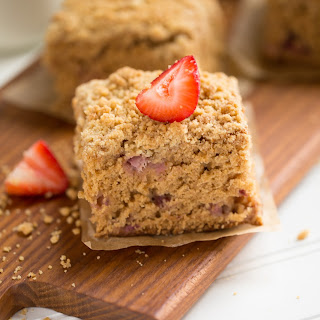 Applesauce and Strawberry Crumb Cake