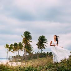 Wedding photographer Konstantin Litvinov (Km27). Photo of 17.03.2018