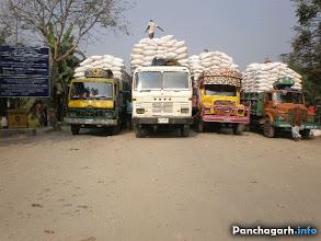 Photo: Trucks waiting in Banglabandha Land Port