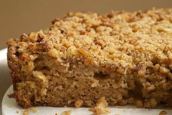 Sour Cream Pear Cake W/pecan Srreusel Recipe