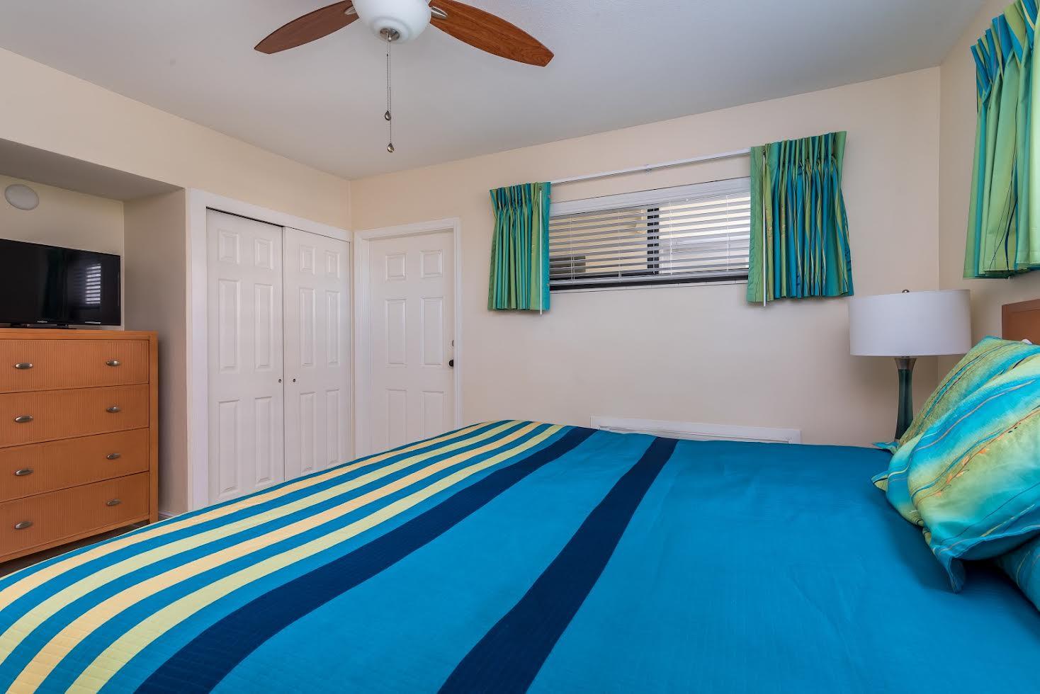 One Bedroom Oceanfront Picture Number 3