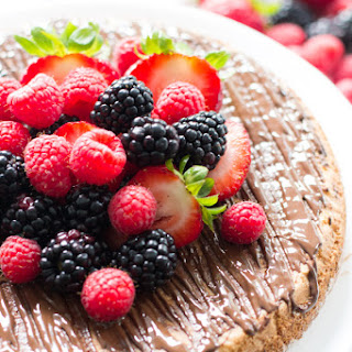 Almond Cake with Berries (1 year blogiversary)