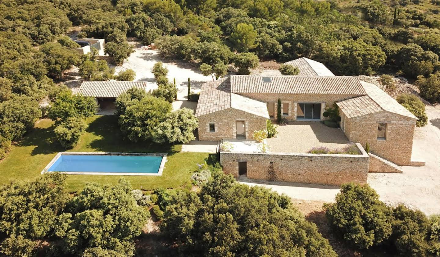 House with pool Gordes